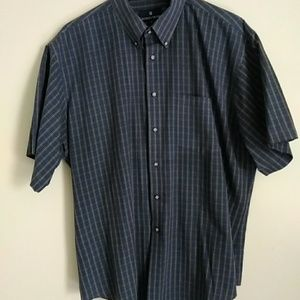 Nordstrom button front short sleeve shirt size XL